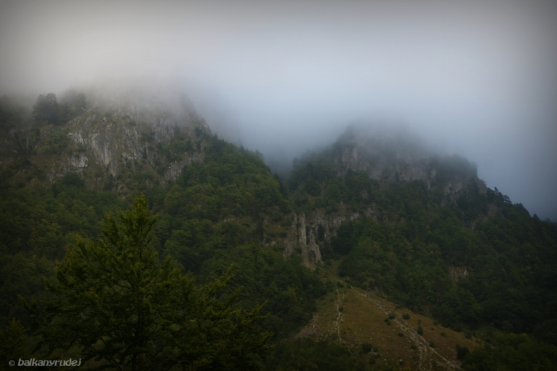 Prokletije w chmurach