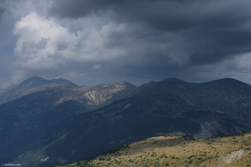 Burza nad Riłą coraz bliżej