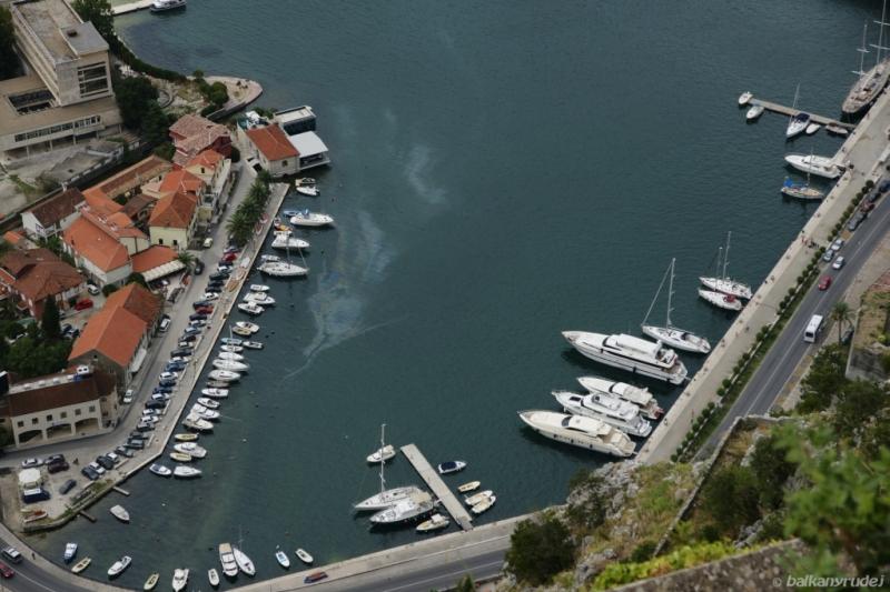 Przystań w Kotorze