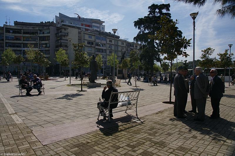 Tirana skwer