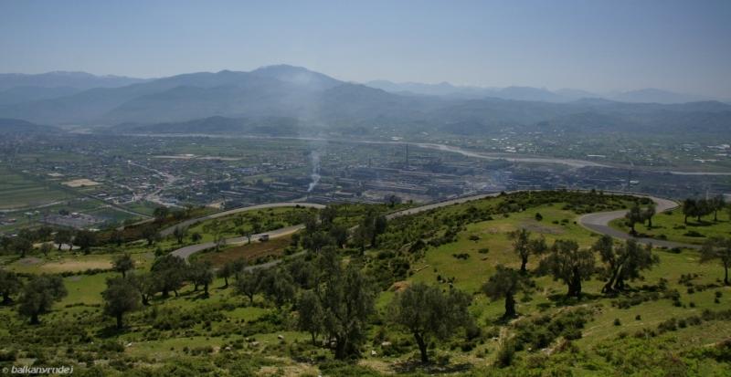 droga z Elbasanu do Tirany