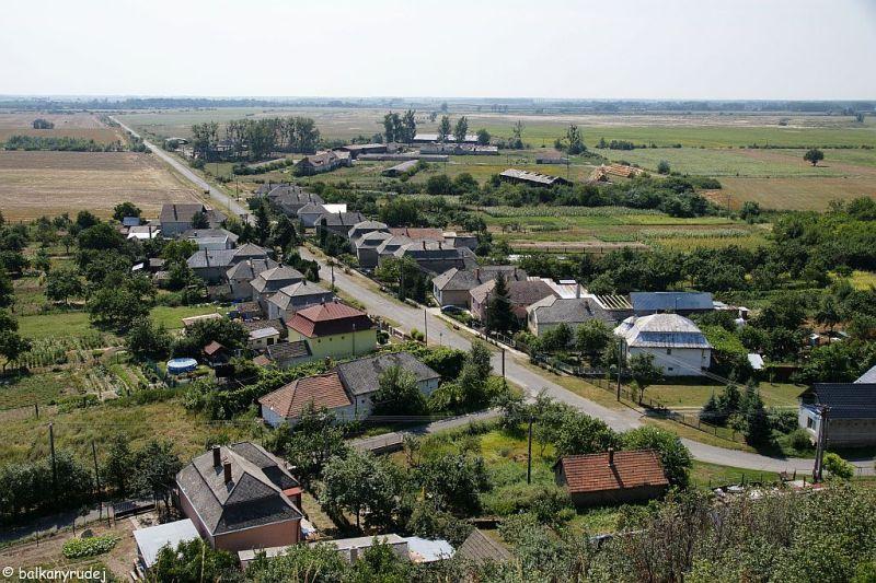 Widok w stronę płaskich jak stół Węgier.