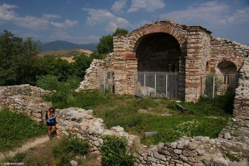 ruiny katedry Melnik